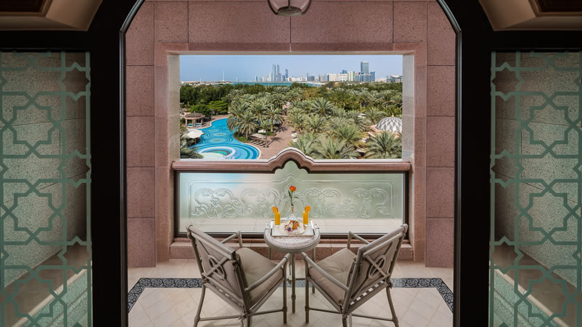 Emirates-Palace-Pearl-Room-Balcony