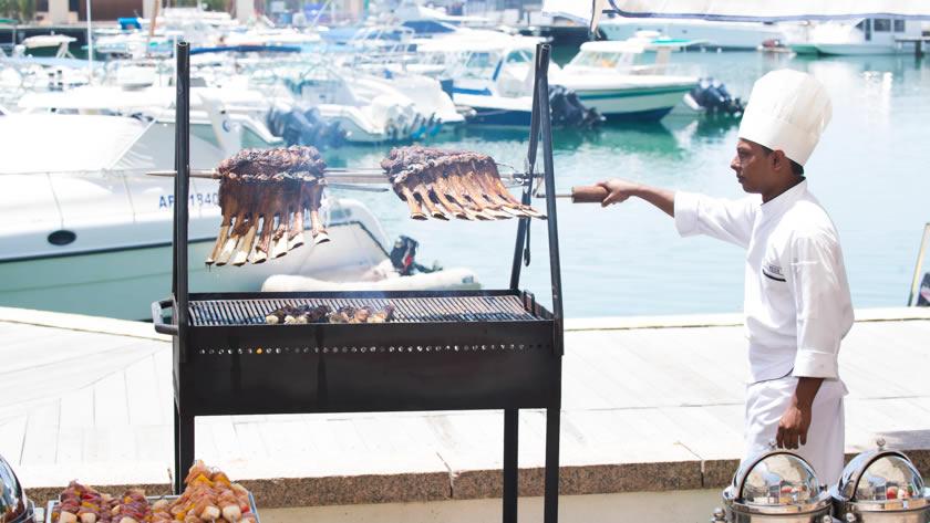 Intercontinental-Abu-Dhabi-BBQ-at-the-Marina