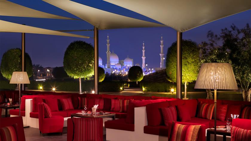 Ritz-Carlton-Abu-Dhabi-Grand-Canal-Li-Jiang