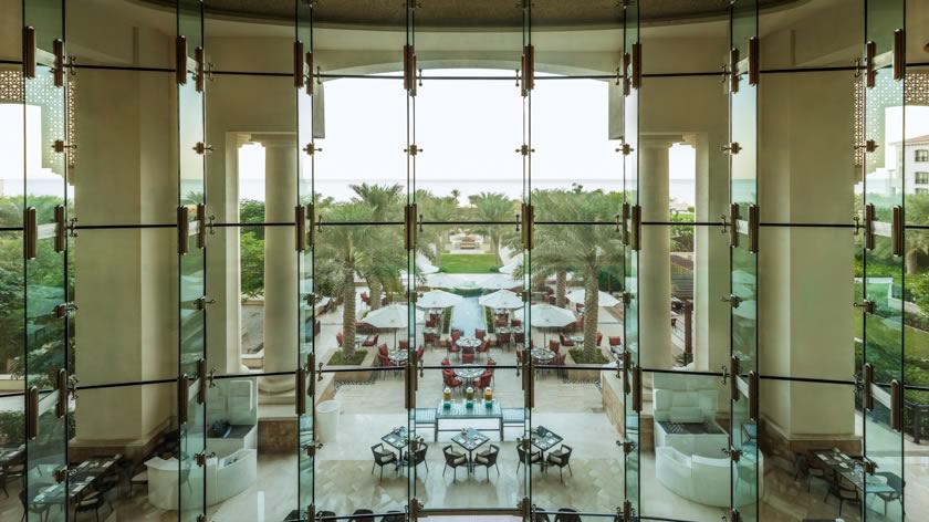 St.-Regis-Saaadiyat-Island-Resort-Lobby