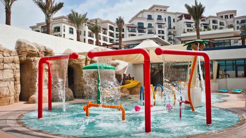 St.-Regis-Saadiyat-Island-Resort-Sandcastle-Club-Pool