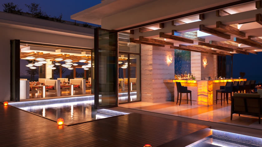 St.-Regis-Saadiyat-Island-Resort-Sontaya-Bar