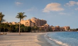 emirates-palace-abu-dhabi-beach