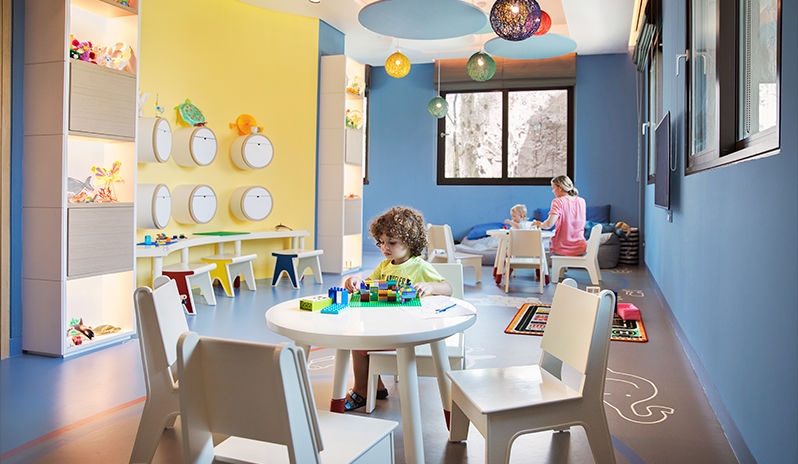 Saadiyat-Rotana-Resort-Villas-Kids-Club-Aladdin's-Cave