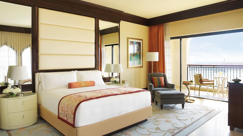 Ritz Carlton Abu Dhabi Grand Canal - Deluxe Room