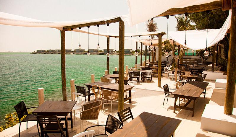 Zaya Nurai Island - Hooked restaurant (1)