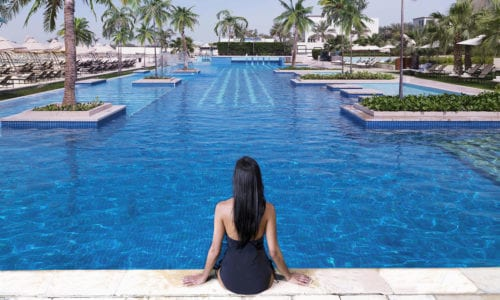 fairmont-bab-al-bahr-pool