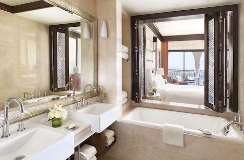 Ritz Carlton Abu Dhabi Grand Canal Deluxe Room Bathroom